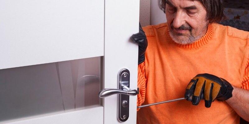 home locksmith - Locksmith Framingham MA
